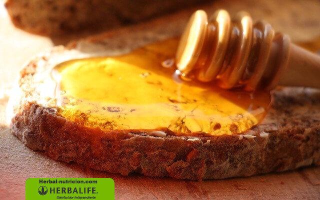 ¿Funciona la jalea real para mejorar el sistema inmunitario? | Miembro de Herbalife Independiente | Herbal-Nutricion.com